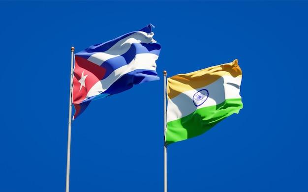 Beaux Drapeaux Nationaux De L'inde Et De Cuba Ensemble Photo Premium