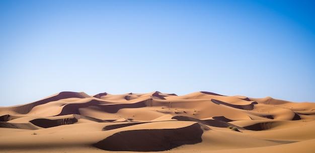 Beaux Paysages Du Désert Du Sahara, Dunes De L'erg Chebbi à Merzouga, Maroc Photo gratuit