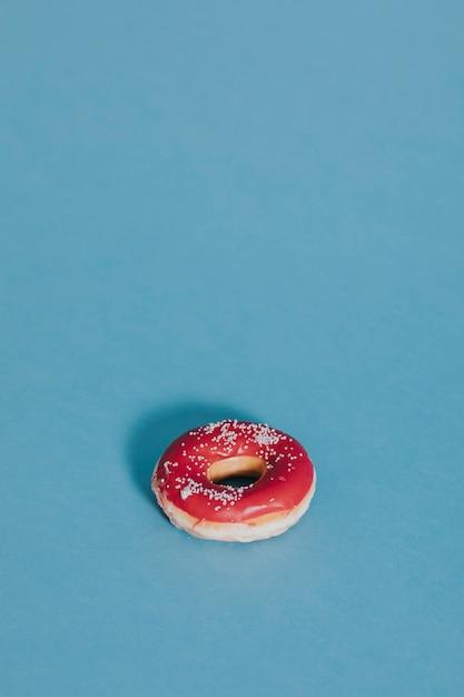 Beignet glacé à la fraise Photo Premium