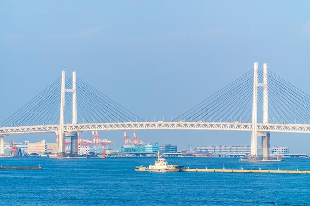 Bel extérieur du pont de yokohama Photo gratuit
