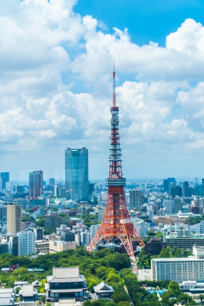 Belle architecture bâtiment dans les toits de la ville de tokyo Photo gratuit