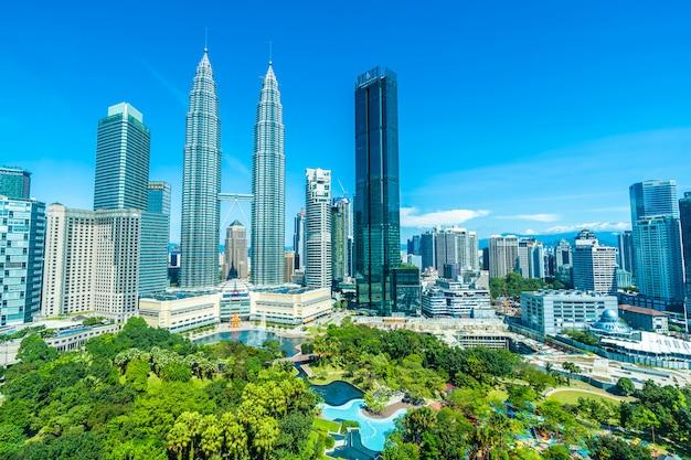 Belle Architecture Extérieure Du Bâtiment Dans La Ville De Kuala Lumpur En Malaisie Photo gratuit