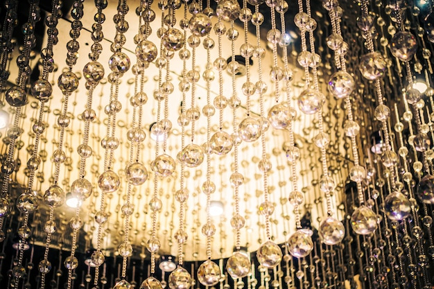 Belle décoration de lustre en cristal intérieur Photo gratuit