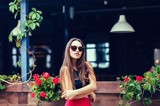 Belle fille touristique sexy Photo Premium