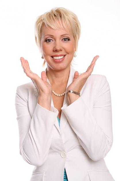 Une belle jolie femme sur blanc Photo gratuit
