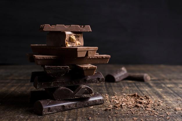 Belle nature morte avec le concept de chocolat Photo gratuit