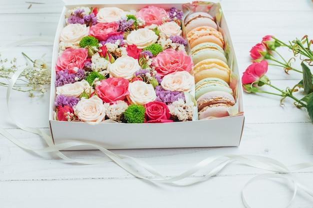 Belles couleurs de fleurs et savoureux bizet Photo Premium
