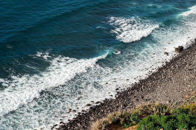 Belles Vagues Bleues De L'océan Photo gratuit