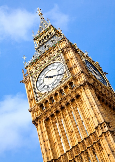 Big ben clock tower Photo Premium