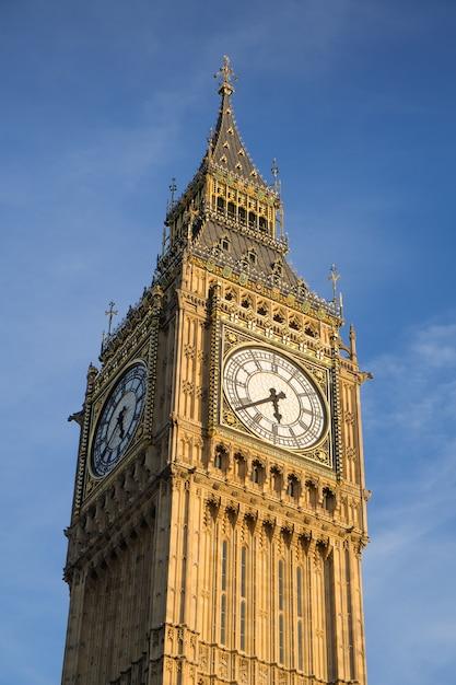 Bigben et le parlement à londres angleterre, royaume-uni Photo Premium
