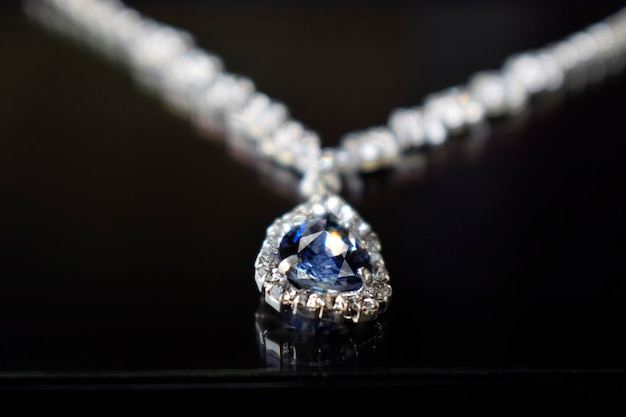 Bijoux En Diamant Collier En Diamant Pendentif Luxueux, Cher Photo Premium