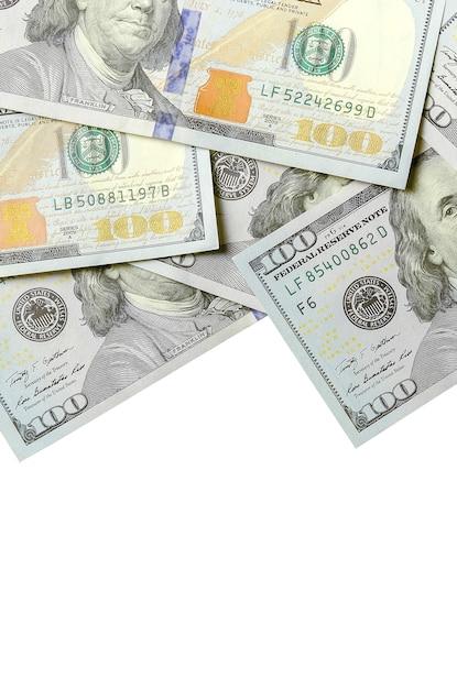 Billets d'un dollar empilés sur fond blanc Photo Premium