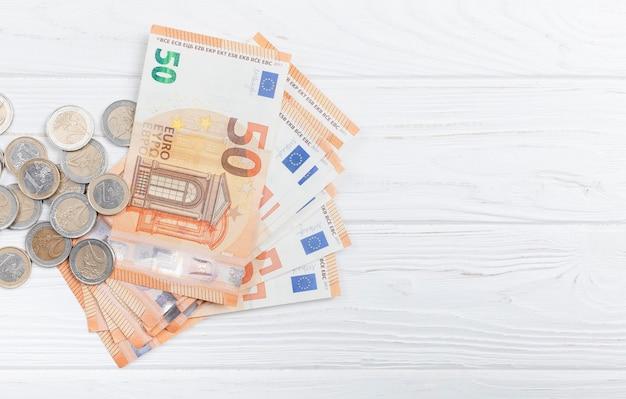 Billets Et Pièces En Euros Photo gratuit