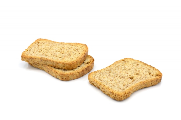 Biscuits de blé entier isolés sur fond blanc Photo Premium