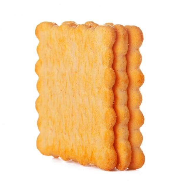 Biscuits salés de biscuit isolés sur fond blanc Photo Premium