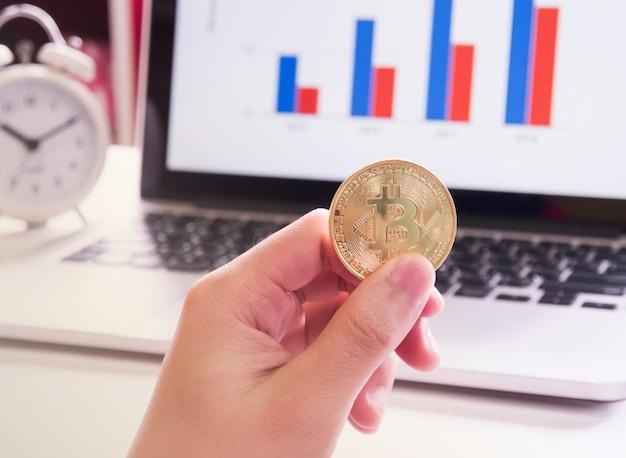 Bitcoins et stick graph. Photo Premium