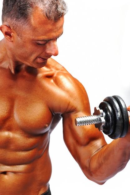 Bodybuilder Fort Comme Un Rocher Photo Premium