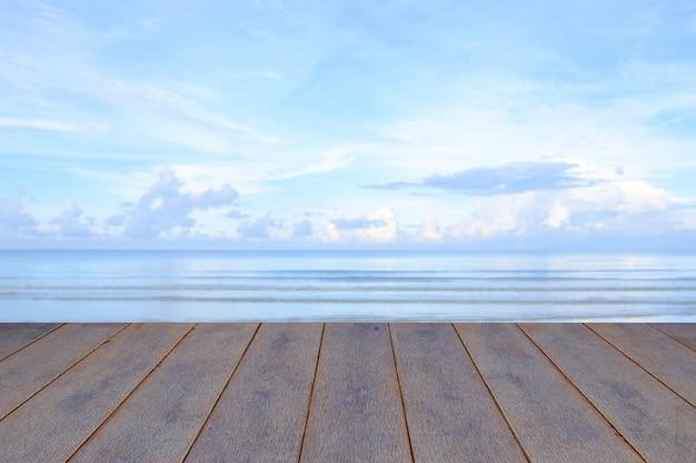 En Bois Sur Mer Photo Premium
