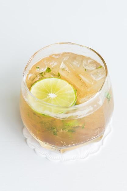 Boisson cocktail - mojito Photo gratuit