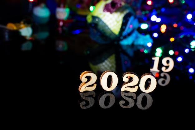 Bon Numéro De Bois 2020 Décoration De Noël Et Neige Photo Premium