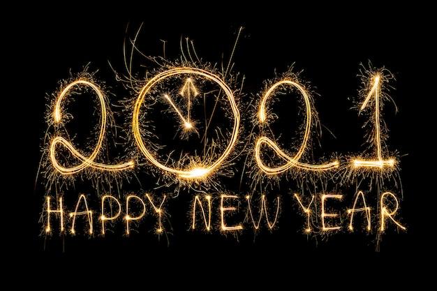 Bonne Année 2021. Texte Brûlant Mousseux Bonne Année 2021 Isolée Sur Fond Noir. Compte à Rebours De La Nouvelle Année Photo Premium
