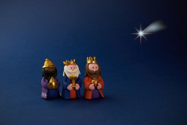 Bonne Journée D'épiiphanie. étoile De Fourmi Trois Sage Sur Bleu Photo Premium