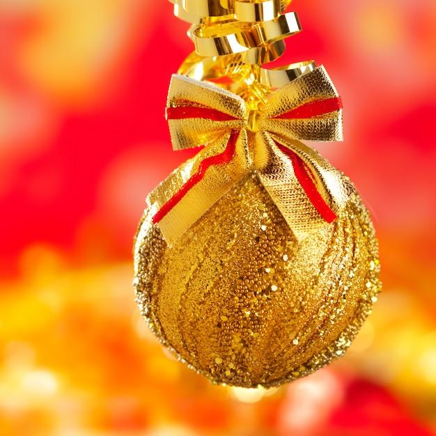 Boucle de babiole paillettes dorées Photo Premium