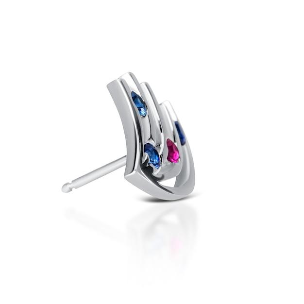 Boucles D'oreilles En Diamant, Isolés Sur Blanc Photo Premium