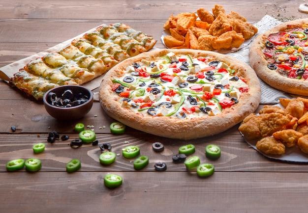 Bouquet de nourriture pour le déjeuner Photo gratuit