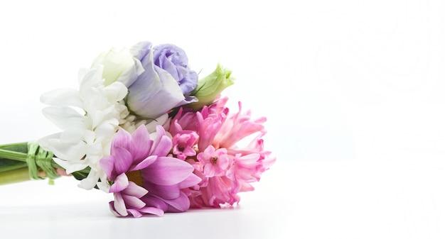 Bouquet pourpre Photo gratuit