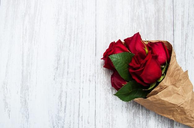 Bouquet de roses rouges Photo Premium