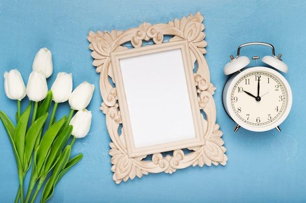 Bouquet De Tulipes Annonce Le Printemps Photo gratuit
