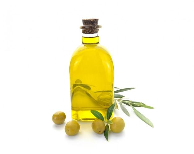 Bouteille D'huile D'olive Et D'olives Photo Premium