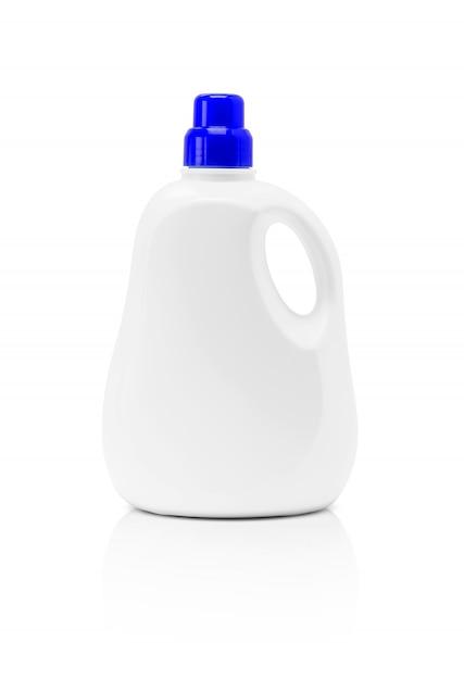 Bouteille en plastique détergent emballage vide isolé sur fond blanc Photo Premium