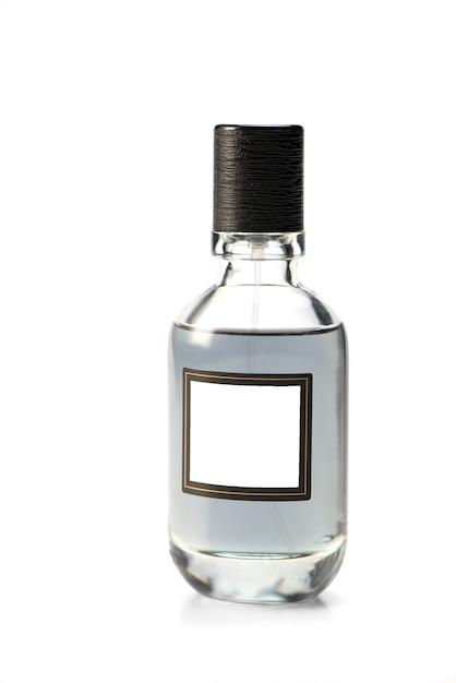 Bouteille En Verre D'eau De Toilette Pour Hommes. Fermer. Isolé Sur Fond Blanc. Parfums Homme. Maquette Photo Premium