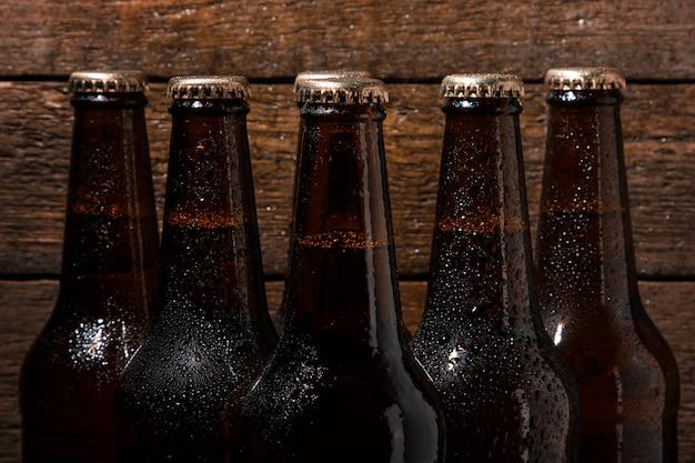 Bouteilles de bière froide Photo Premium