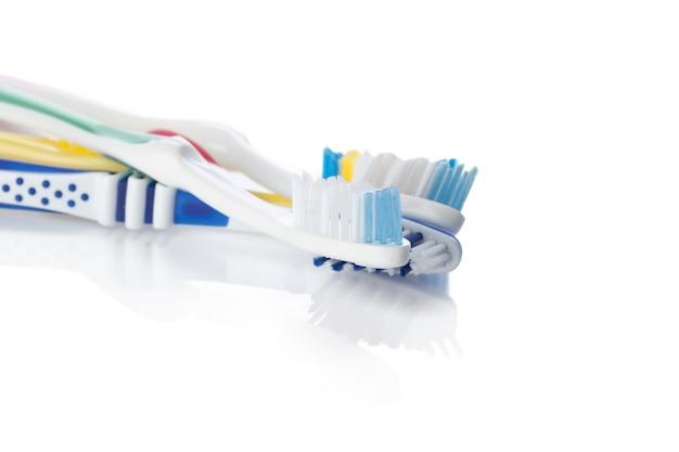 Brosse à Dents Isolé Sur Blanc Photo Premium