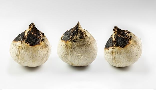 Brûlure de noix de coco. Photo Premium