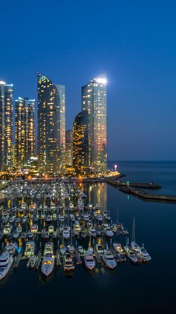 Busan City Building Skyline Et Gratte-ciel En Corée Du Sud Photo Premium