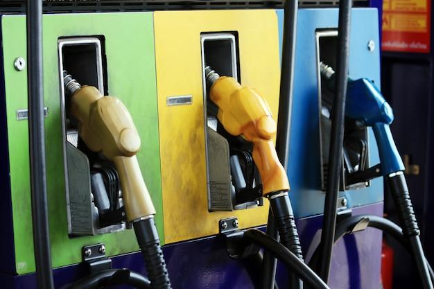 Buse de carburant avec tuyau Photo Premium