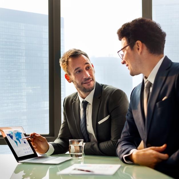 Business job collègues collaborateurs job concept Photo Premium