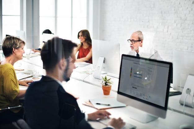 Business team nous contacter helpdesk internet concept Photo Premium