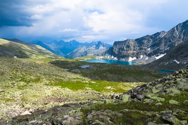 Caché bleu du lac alla-askyr vue panoramique Photo Premium