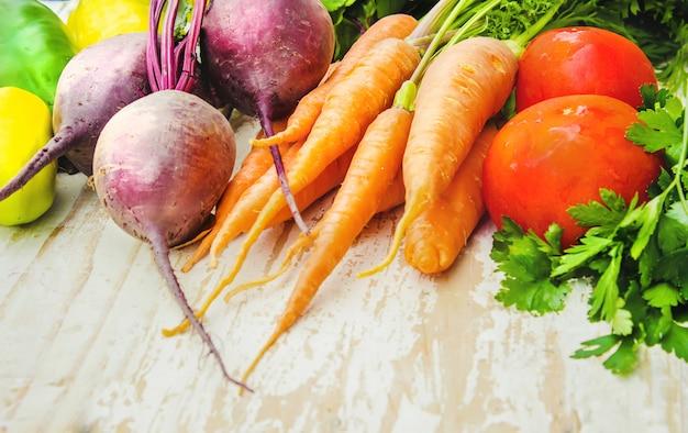 Cadre alimentaire, aliments frais du marché. Photo Premium