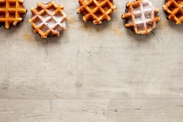 Cadre de gaufres délicieux avec espace de copie Photo gratuit
