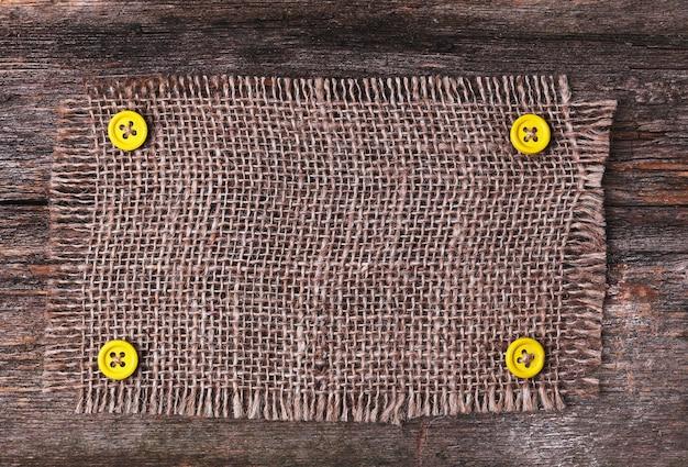 Cadre De Nappe Rustique Sur La Texture En Bois Photo gratuit