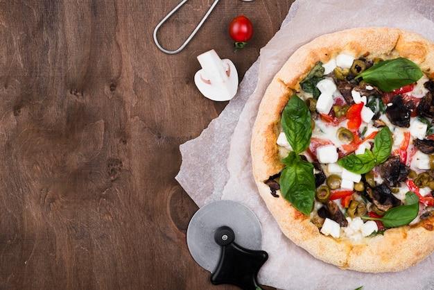 Cadre De Pizza Vue De Dessus Avec Copie-espace Photo gratuit