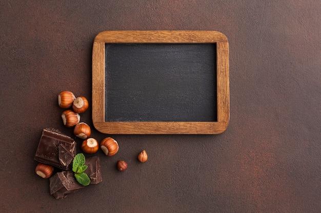 Cadre vide aux marrons Photo gratuit
