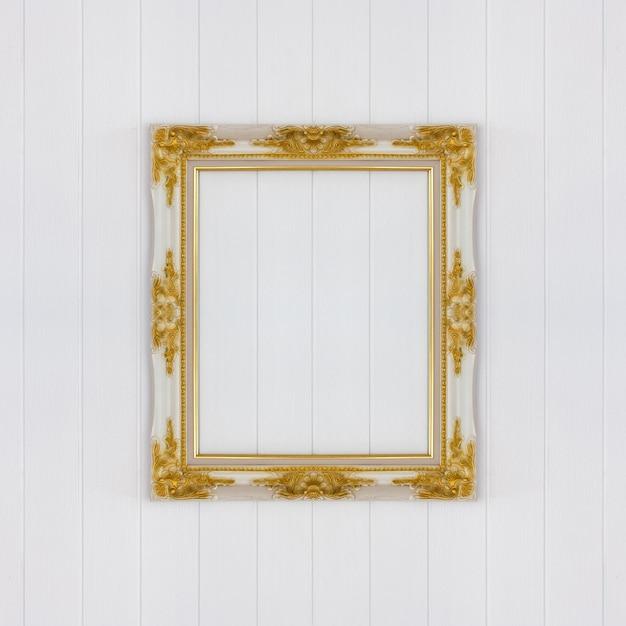 Cadre vintage sur mur en bois blanc Photo Premium