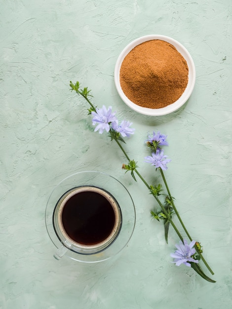 Café Diabétique à La Chicorée. Remplacement Alternatif Pour Le Café Noir Photo Premium
